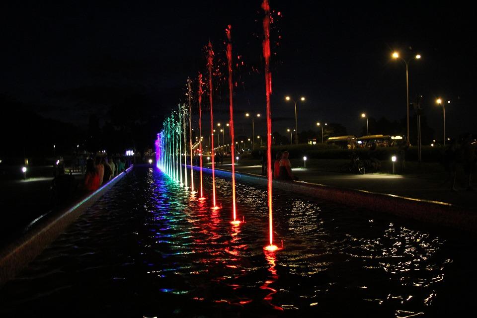 大阪城 民営化 黒字 大阪城公園