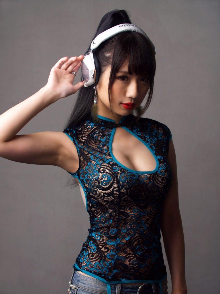 ホリエモングルメ祭 大阪 DJ黒髪のリリー