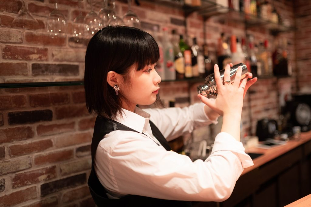 大阪 梅田 CAFE BAR ZERO HIU